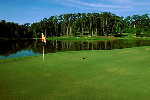image 2-555-39 Alabama, Robert Trent Jones Golf Trail, Greenville, Cambrian Ridge, 5th hole, Sherling
