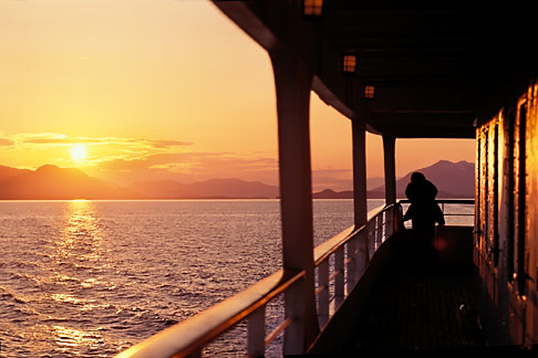 image 7 253 9 alaska inside passage sunset from cruise ship - Cruise Ship Photographer