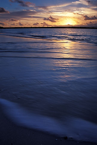 image 0-104-87 Anguilla, Rendezvous Bay
