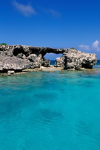 image 4-601-56 Antigua, Hells Gate Island