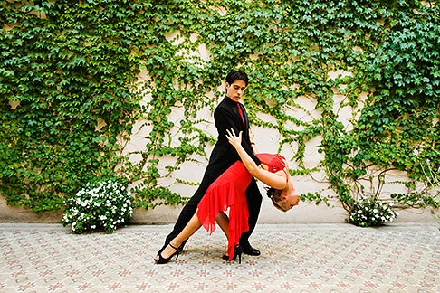 image 8-801-5538 Argentina, Buenos Aires, Tango dancers