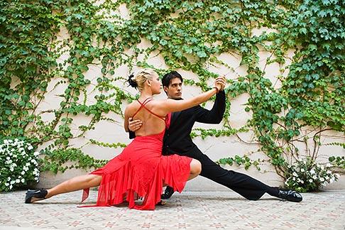 image 8-801-5601 Argentina, Buenos Aires, Tango dancers