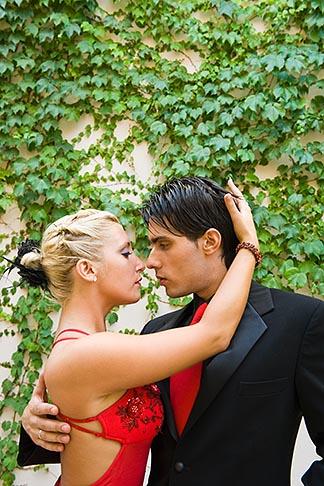 image 8-801-5610 Argentina, Buenos Aires, Tango dancers
