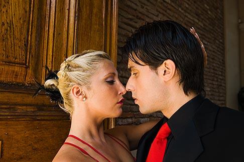 image 8-801-5653 Argentina, Buenos Aires, Tango dancers