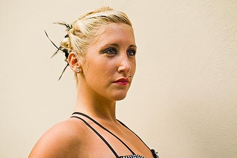 image 8-801-5914 Argentina, Buenos Aires, Tango dancer, solo portrait, young woman