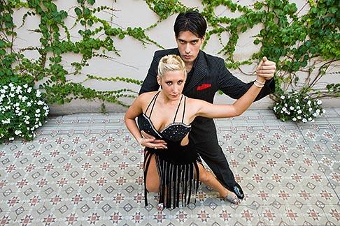 image 8-801-5985 Argentina, Buenos Aires, Tango dancers