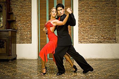 image S8-451-10500 Argentina, Buenos Aires, Tango dancers