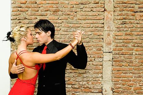 image S8-451-10518 Argentina, Buenos Aires, Tango dancers