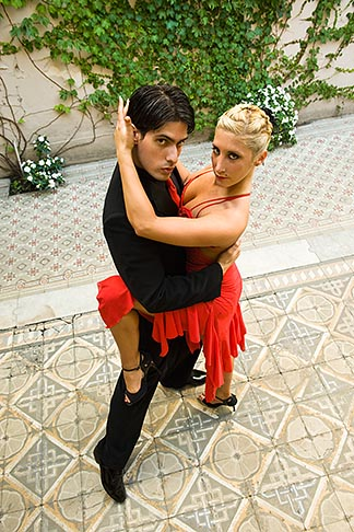 image S8-451-10728 Argentina, Buenos Aires, Tango dancers