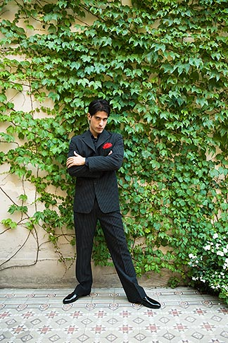 image S8-451-10807 Argentina, Buenos Aires, Tango dancer, solo portrait, young man standing