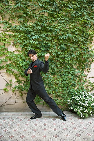 image S8-451-10819 Argentina, Buenos Aires, Tango dancer, solo portrait, young man