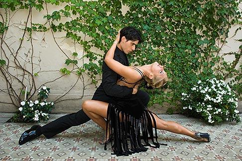 image S8-451-10830 Argentina, Buenos Aires, Tango dancers