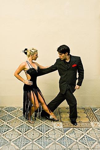 image S8-451-10922 Argentina, Buenos Aires, Tango dancers