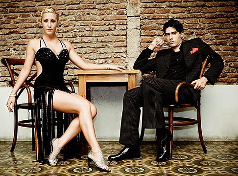 image S8-451-10997 Argentina, Buenos Aires, Tango dancers, seated