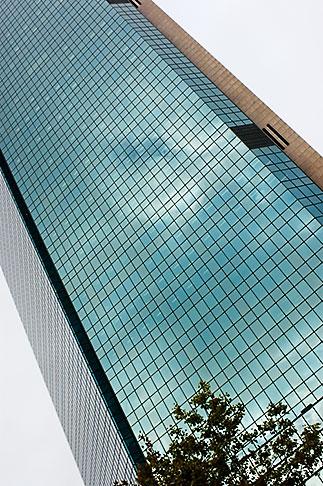 image 5-600-1378 Australia, Sydney, Downtown skyscraper, AXA Australia building
