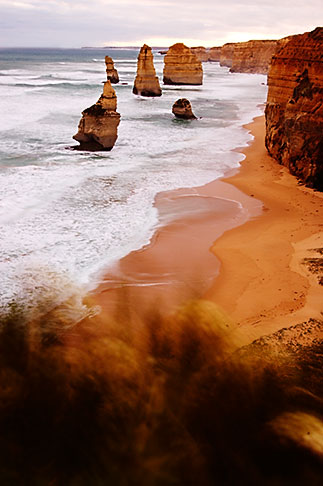 image 5-600-2286 Australia, Victoria, Twelve Apostles, Port Campbell National Park