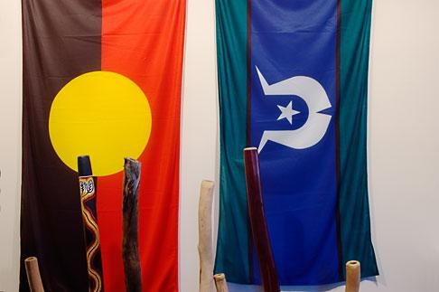 image 5-600-2649 Australia , Aboriginal Flag