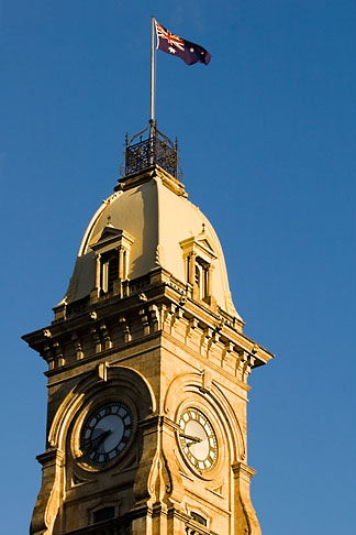 image 5-600-8936 Australia, Adelaide, Clock Tower