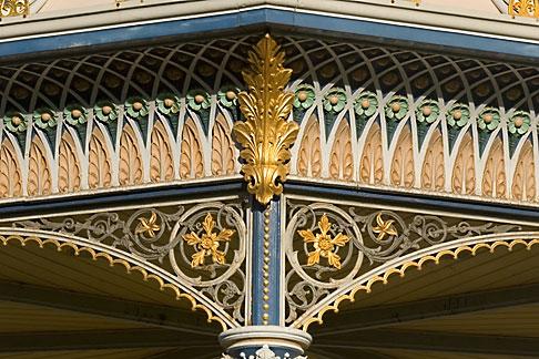 image 5-600-8984 Australia, Adelaide, Bandstand