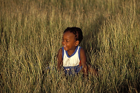image 0-202-47 Barbados, Young child in field