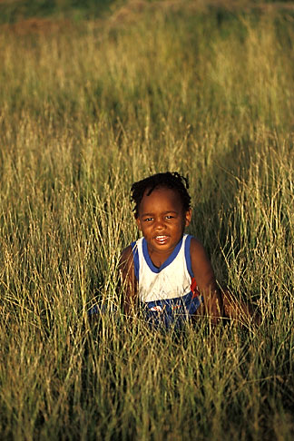 image 0-202-53 Barbados,, Young child in field