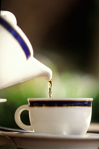 image 3-388-89 Still life, Pouring a cup of tea