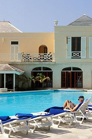 image 3-490-69 Barbados, St Philip, Crane Hotel, pool