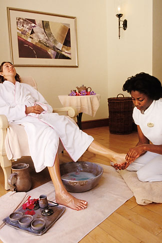 image 3-495-75 Barbados, St James, Sandy Lane spa, massage