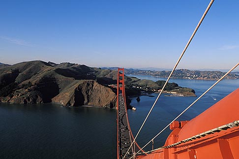 image 1-81-87 California, San Francisco, Golden Gate Bridge from South tower
