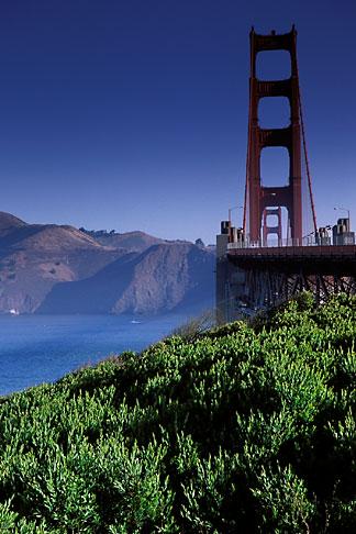 image 2-611-28 California, San Francisco, Golden Gate Bridge