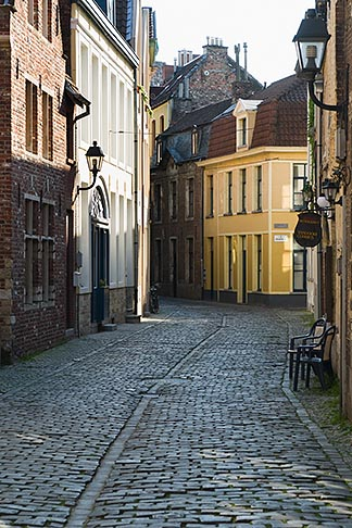 image 8-741-2260 Belgium, Bruges, Narrow cobbled street with houses