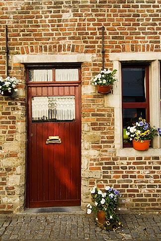 image 8-742-1446 Belgium, Ghent, House door and window closeup