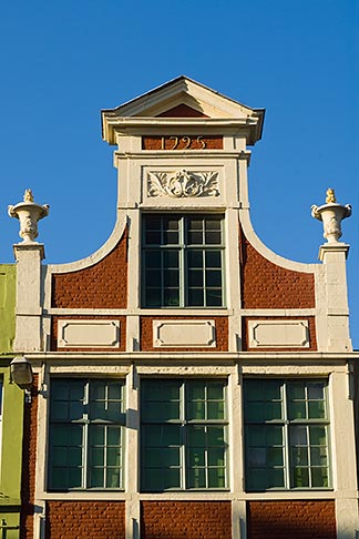 image 8-742-1640 Belgium, Ghent, Gabled roof