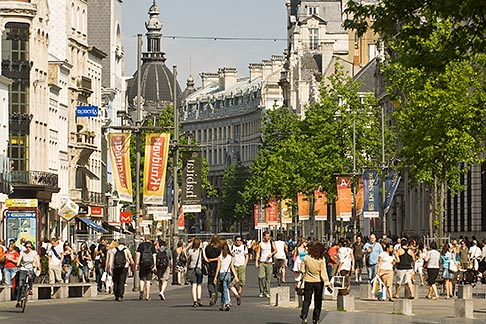 image 8-744-2136 Belgium, Antwerp, Meir, main shopping street