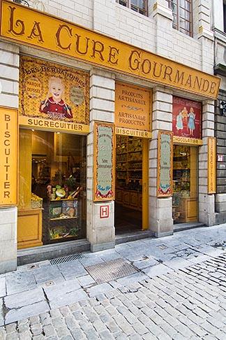 image 8-746-2725 Belgium, Brussels, Shop facade, Rue au Beurre