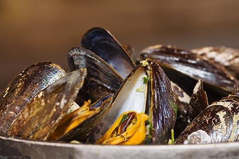 image 8-746-2755 Belgium, Brussels, Steamed mussels