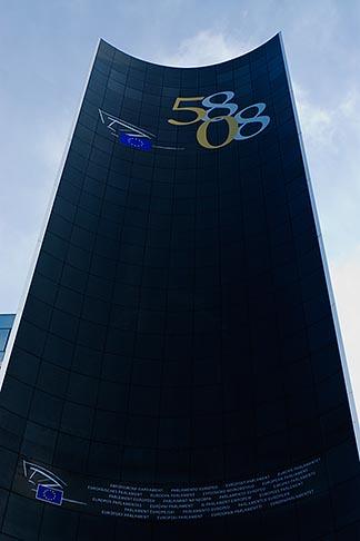 image 8-747-2961 Belgium, Brussels, European Parliament building