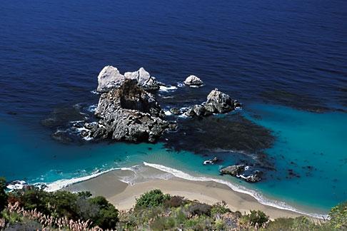 image 2-646-18 California, Big Sur, Pacific Ocean coastline
