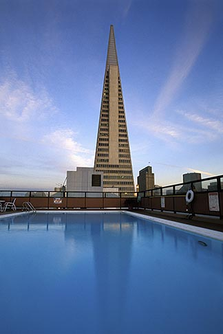 image 3-1013-97 California, San Francisco, Rooftop swimming pool and Transamerica pyramid