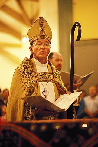 image 5-569-23 California, San Francisco, St Gregory Nyssen Episcopal Church dedication, Oct 23, 1995  Bishop William Swing