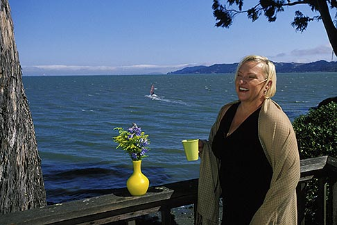 image 5-756-25 California, Marin County, Ty Hunter, Clothing designer, Tyogawear
