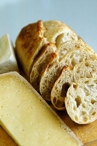 image 6-422-85 California, Marshall, Sonoma bread and cheeses