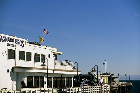 image 7-601-33 California, Santa Cruz, Santa Cruz Wharf