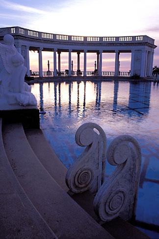 image 9-602-35 California, Hearst Castle, Neptune Pool Colonnade
