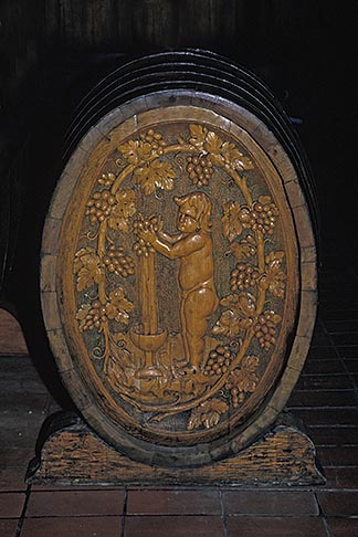image E-2-3 California, Napa Valley, Carved wooden wine barrel