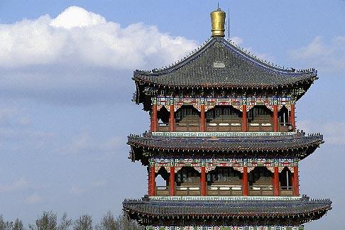 image 4-143-22 China, Urumqi, Pavilion, Red Hill, Hongshan Park