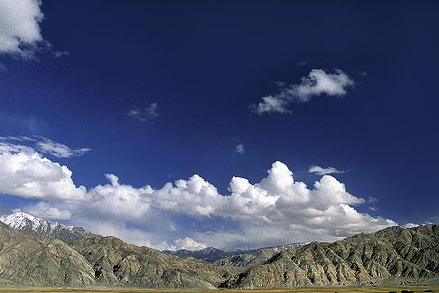 image 4-439-14 China, Pamirs, Foothills of the Pamirs near Karakul Lake
