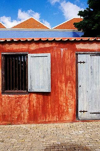 image 3-431-53 Curacao, Willemstad, Kura Hulanda Museum, slave quarters