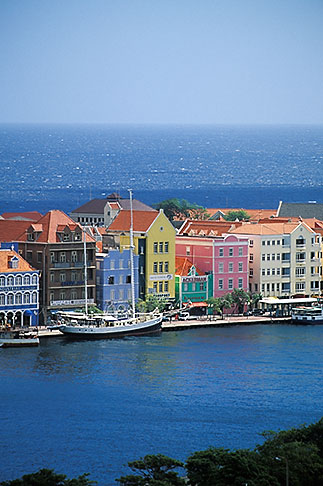image 3-435-9 Curacao, Willemstad, Aerial view of Punda