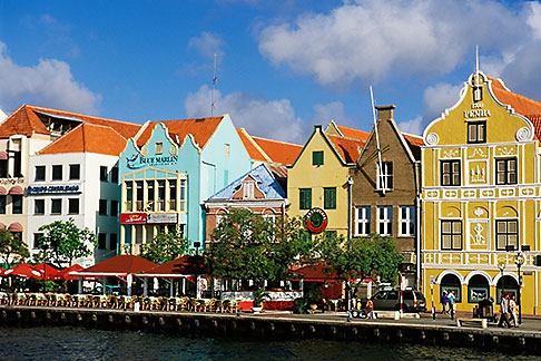 image 3-435-93 Curacao, Willemstad, Handelskade waterfront, historic buildings